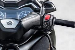Yamaha XMAX 300 Tech Max 2021 (24)