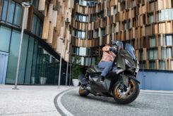 Yamaha XMAX 300 Tech Max 2021 (3)