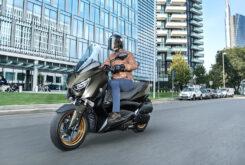 Yamaha XMAX 300 Tech Max 2021 (4)