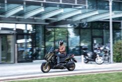 Yamaha XMAX 300 Tech Max 2021 (7)