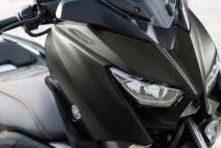 Yamaha XMAX 300 Tech Max 2021 (8)