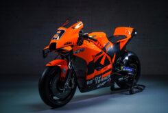 KTM Tech3 MotoGP 2021 Danilo Petrucci Iker Lecuona (77)
