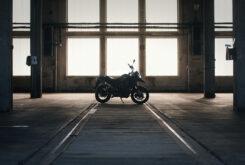 Morton Motorcycle (15)