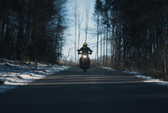 Morton Motorcycle (20)