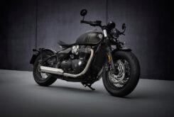 Triumph Bonneville Bobber 2021 (1)