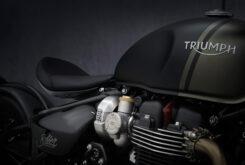 Triumph Bonneville Bobber 2021 (3)