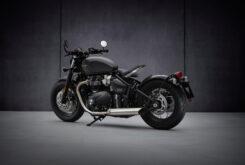 Triumph Bonneville Bobber 2021 (4)