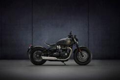 Triumph Bonneville Bobber 2021 (6)