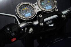 Triumph Bonneville T100 2021 detalles (7)