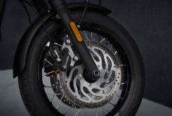 Triumph Bonneville T120 Black 2021 detalles (6)