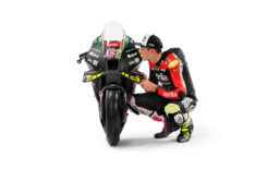 Aprilia RS GP MotoGP 2021 Aleix Espargaro Lorenzo Savadori (14)