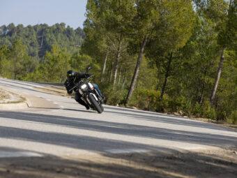 Honda CB650R vs Triumph Trident 660 comparativa 27