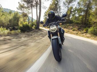 Honda CB650R vs Triumph Trident 660 comparativa 41