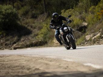 Honda CB650R vs Triumph Trident 660 comparativa 5