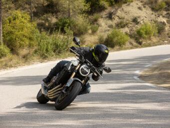 Honda CB650R vs Triumph Trident 660 comparativa 8