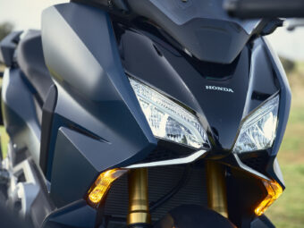 Honda Forza 750 2021 detalles 19