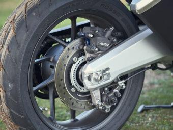 Honda Forza 750 2021 detalles 4