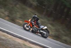 KTM 690 SMC R 2021 prueba MBK (14)