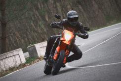KTM 690 SMC R 2021 prueba MBK (2)