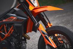 KTM 690 SMC R 2021 prueba MBK detalles (17)