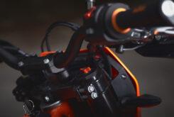 KTM 690 SMC R 2021 prueba MBK detalles (25)