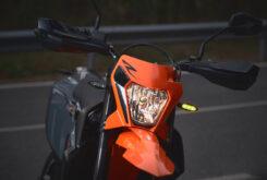 KTM 690 SMC R 2021 prueba MBK detalles (27)