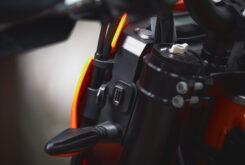 KTM 690 SMC R 2021 prueba MBK detalles (28)