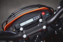 KTM 690 SMC R 2021 prueba MBK detalles (29)