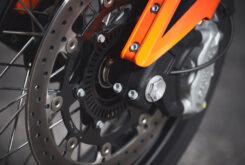 KTM 690 SMC R 2021 prueba MBK detalles (6)