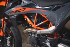 KTM 690 SMC R 2021 prueba MBK detalles (7)
