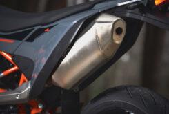 KTM 690 SMC R 2021 prueba MBK detalles (9)