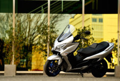 Suzuki Burgman 400 2021 accion (20)
