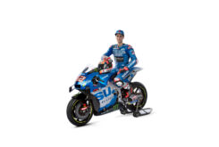 Suzuki GSX RR MotoGP 2021 Mir Rins (4)