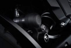 Triumph Rocket 3 R Black 2021 detalles (6)