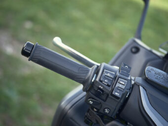 Yamaha Tmax 2021 detalles 18