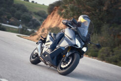 Yamaha Tmax 560 Honda Forza 750 2021 35