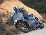 Yamaha Tmax 560 Honda Forza 750 2021 40