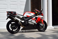 Yamaha YZF R7 OW02 (1)
