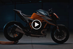 KTM 1290 Super Duke RR 2021 teaser play