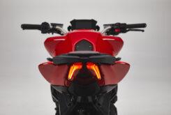 MV Agusta Brutale 800 Rosso 2021 detalles (13)