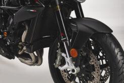 MV Agusta Brutale 800 Rosso 2021 detalles (18)