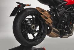 MV Agusta Brutale 800 Rosso 2021 detalles (6)