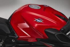 MV Agusta Brutale 800 Rosso 2021 detalles (7)