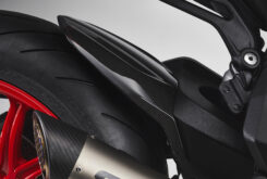 MV Agusta Dragster 800 RC SCS 2021 detalles (14)