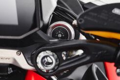 MV Agusta Dragster 800 Rosso 2021 detalles (15)