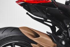 MV Agusta Dragster 800 Rosso 2021 detalles (18)
