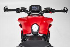 MV Agusta Dragster 800 Rosso 2021 detalles (19)