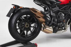 MV Agusta Dragster 800 Rosso 2021 detalles (21)