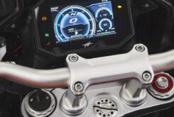 MV Agusta Turismo Veloce 800 Lusso SCS 2021 detalles (21)