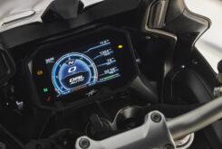 MV Agusta Turismo Veloce 800 Lusso SCS 2021 detalles (28)